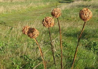 Easy willow project. Random weave balls Willows Nursery. Willow garden decoration.