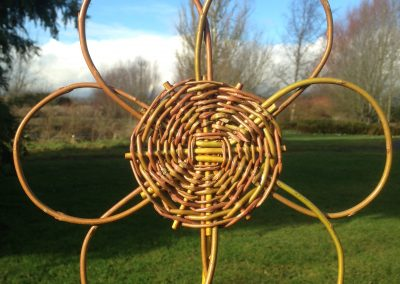 Easy willow project. Woven willow flower at Willows Nursery. Willow garden decoration